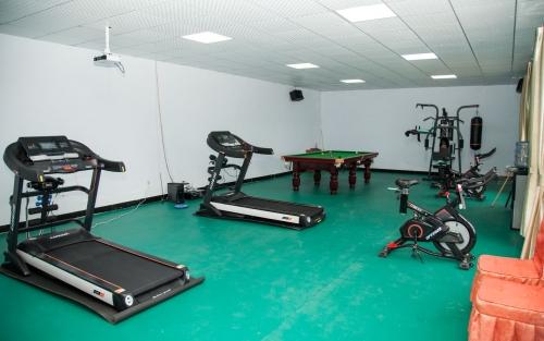 雅馨养老院健身房